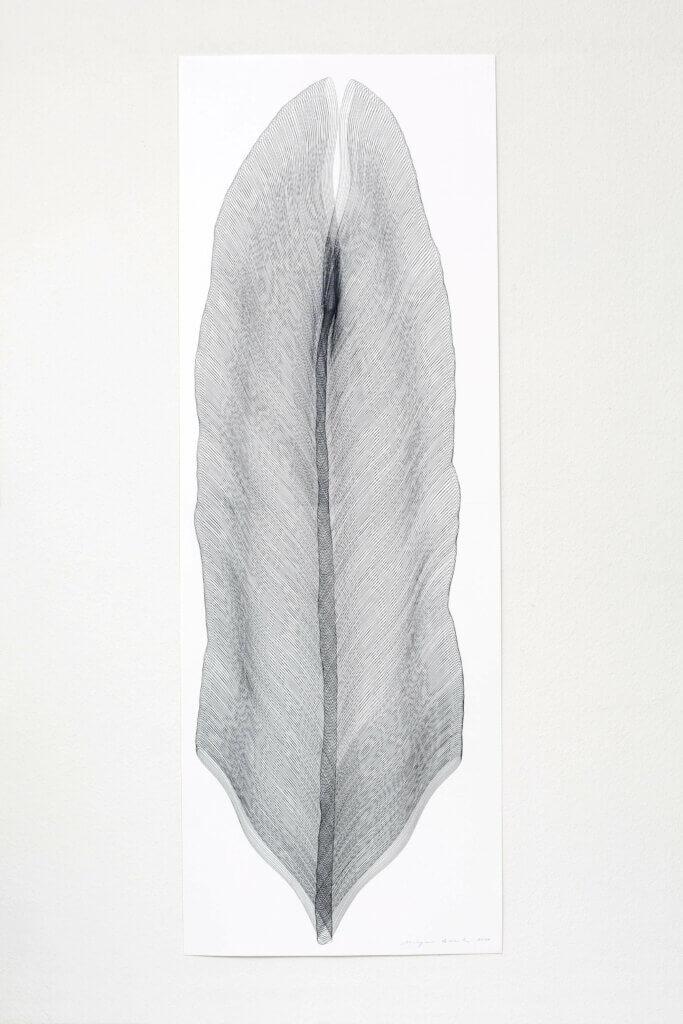 """Aus der Serie """"Wanderfeder"""", 2011, Bleistift auf Büttenpapier, 168.2 x 59.4 cm"""