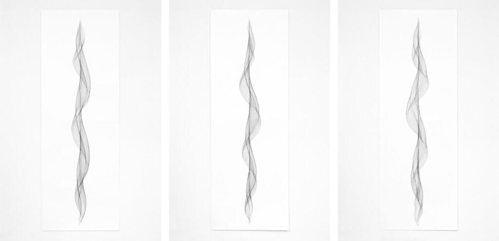 """Serie """"Fliessend I"""", 2019, Bleistift auf Papier, 168.2 x 59.4 cm"""